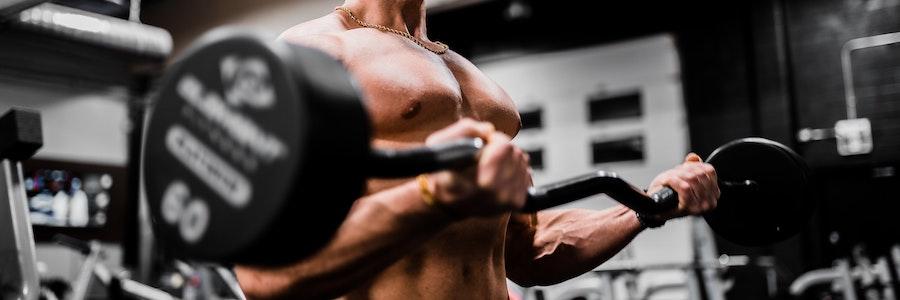 Biceps övningar för hem och gym